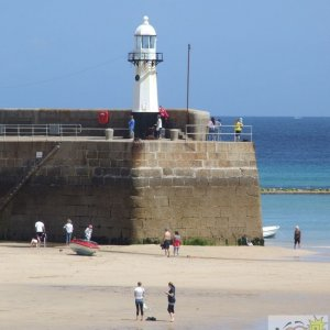 One pier to another, St Ives